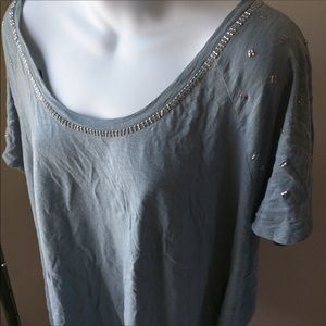 Light blue grayish short sleeve top